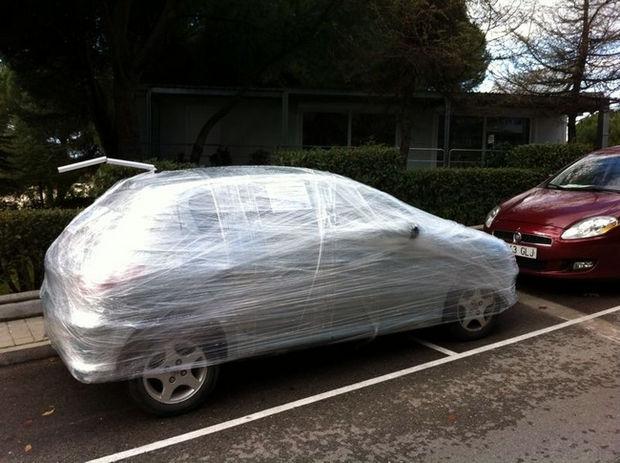 22 Bad Parking Jobs - Beautiful plastic wrap job
