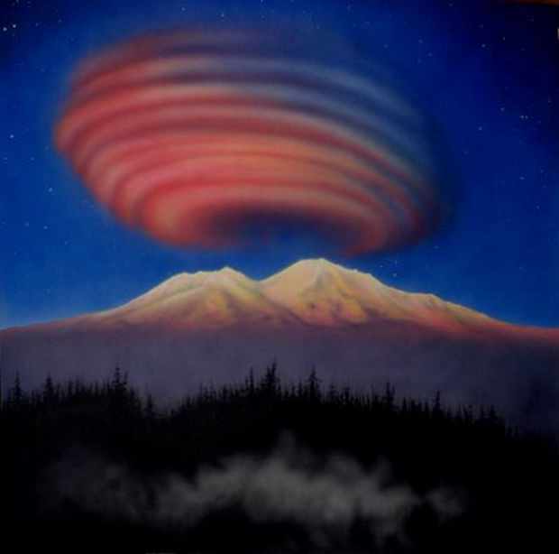 12 Types of Clouds That Are Awesome - Image 2 - Lenticular Clouds.
