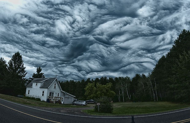 12 Types of Clouds That Are Awesome - Image 2 - Asperatus Clouds.