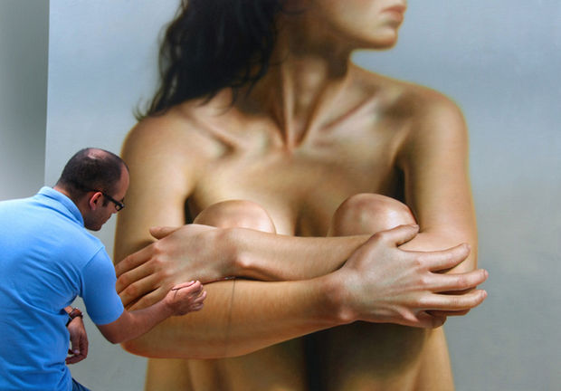 25 Amazingly Realistic Art Paintings - Omar Ortiz - Oil on linen