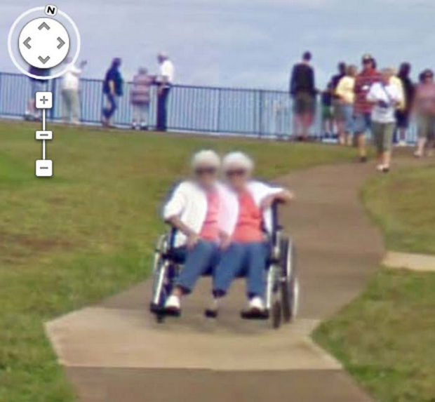 25 Weird Things Found on Google Maps - If I saw this in real life, I would run away pretty fast.