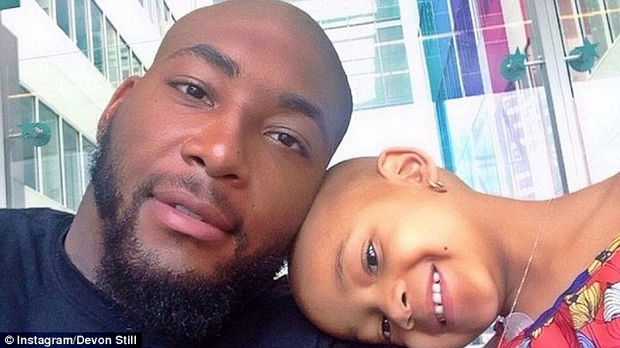 Devon Still with his daughter Leah who is fighting cancer.