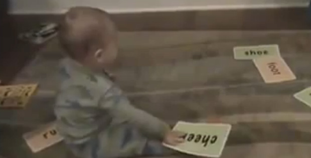 This Super Baby Reading Flash Cards Is a Genius.