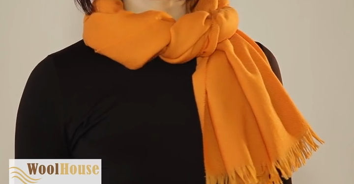 Style #4 - 19 awesome ways to tie a scarf or shawl.