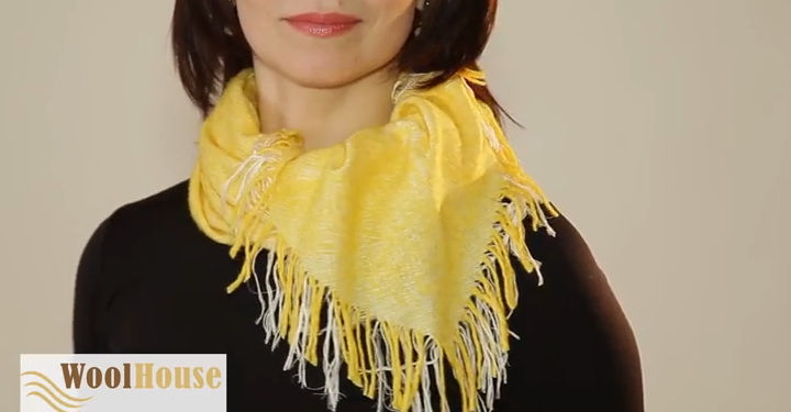 Style #5 - 19 awesome ways to tie a scarf or shawl.