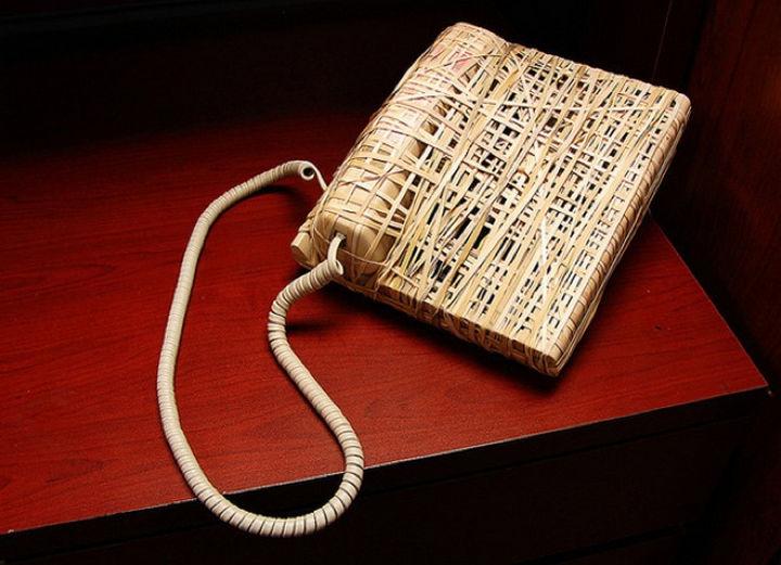 25 Office Pranks - No more annoying phone calls...