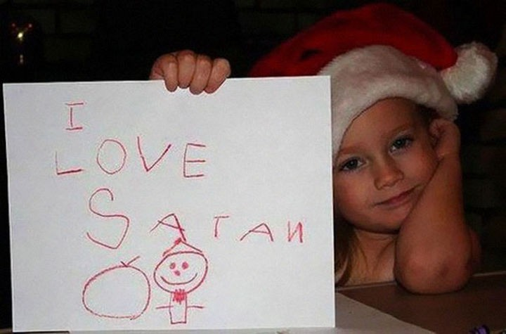 "18 Funny Spelling Mistakes - ""I love SANTA?"""