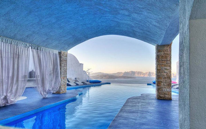 12 Amazingly Cool Hotels - Astarte Suits Hotel, Greece.