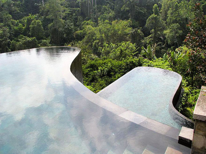 12 Amazingly Cool Hotels - Hotel Ubud Hanging Gardens, Indonesia.