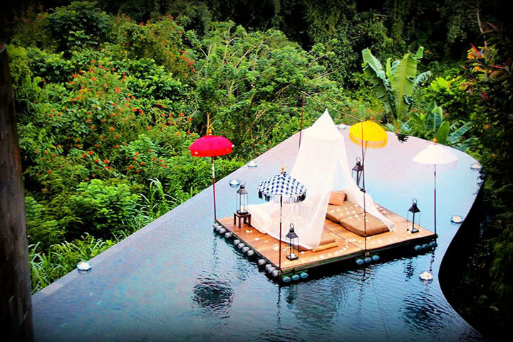 12 Amazingly Cool Hotels - Image 2 - Hotel Ubud Hanging Gardens, Indonesia.