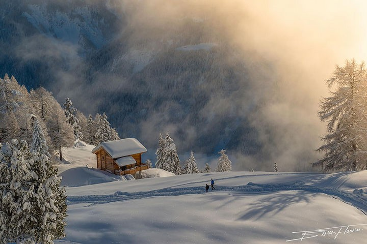 22 Cozy Houses in a Winter Paradise - An enchanting cabin in the Alps.