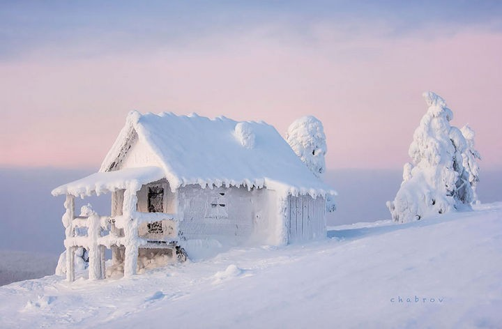 22 Cozy Houses in a Winter Paradise - Snow blanket in Lapland, Finland.
