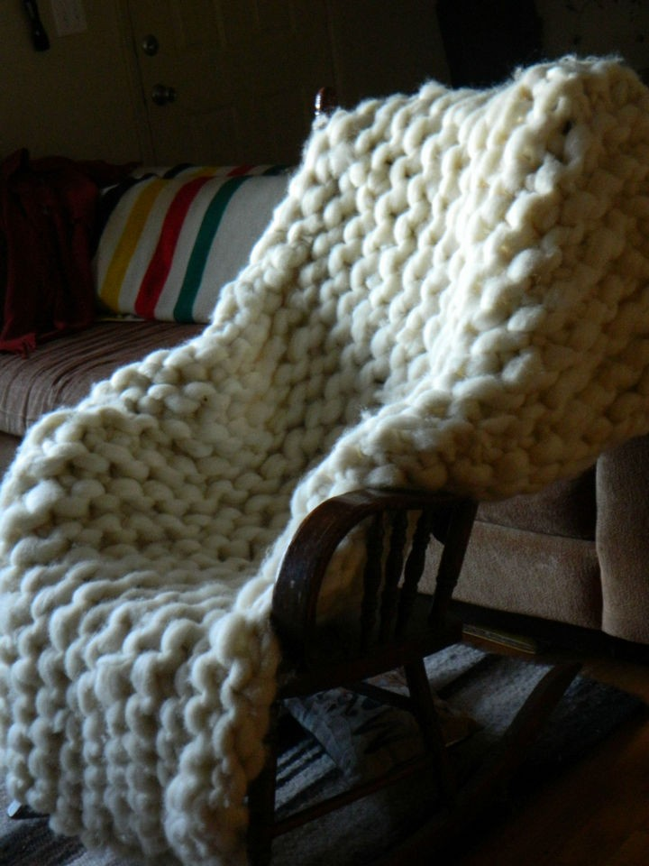 This is the end product and her chunky knit blanket looks fantastic!