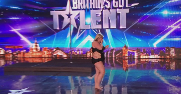 Pole Dancer Leaves the Judges and Audience Speechless.