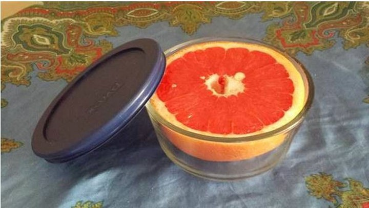 19 Photos Perfectionists Will Love - The perfect bowl for this grapefruit.
