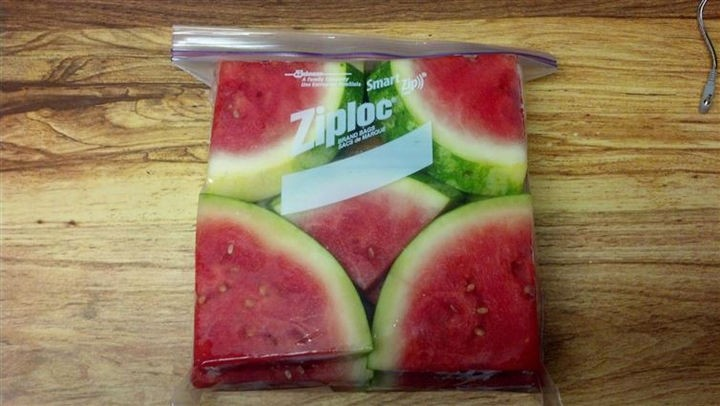 19 Photos Perfectionists Will Love - Perfectly stored watermelon.