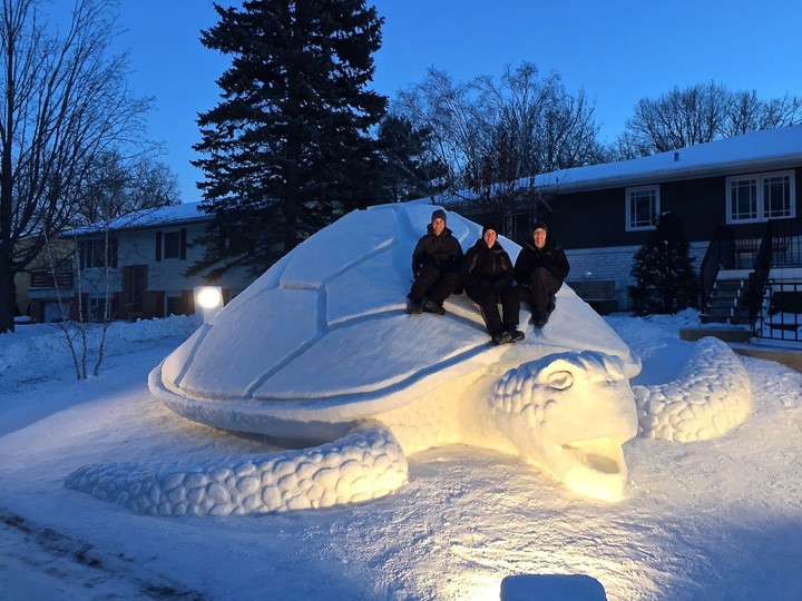 Facebook / Bartz Snow Sculptures