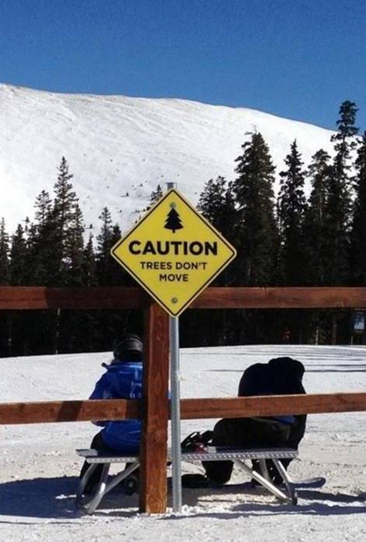 16 Funny Signs That Will Make You Smile If You Read Them 07