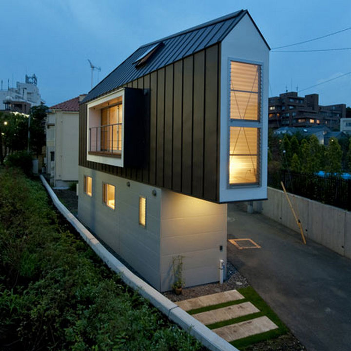 Small House Design in Japan - This home looks so cozy and is incredibly well-designed.