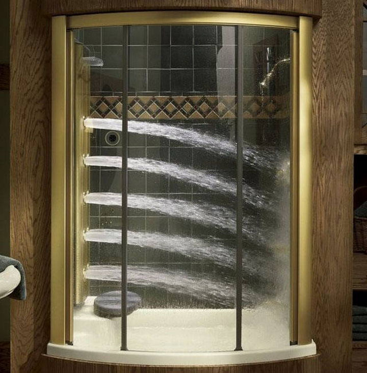 13 Beautiful Showers - Shower with several jets of water.