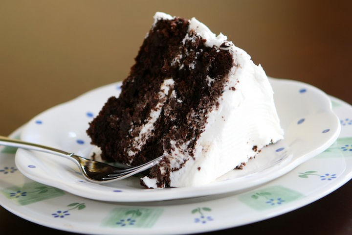 19 Chocolate Cake Recipes That Are Better Than Any Boyfriend - The best chocolate cake with vanilla buttercream frosting.