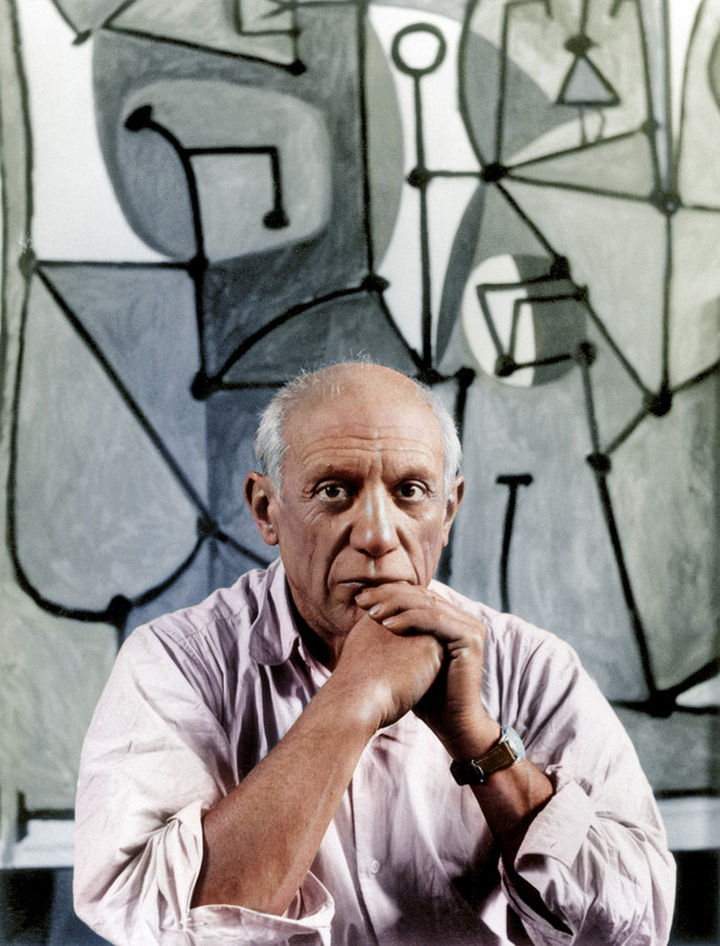 58 Colorized Photos from the Past - Famed painter and sculptor, Pablo Picasso.