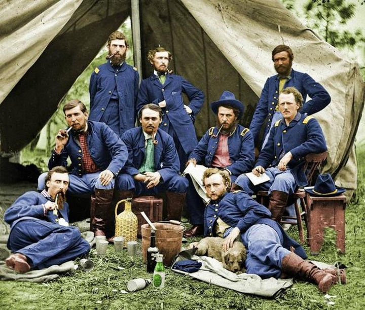 58 Colorized Photos from the Past - Union Soldiers taking a break in 1863.