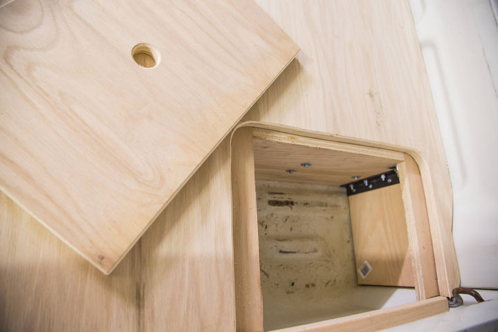 Because of the extra room on each side of the drawer, he added a compartment for a battery.