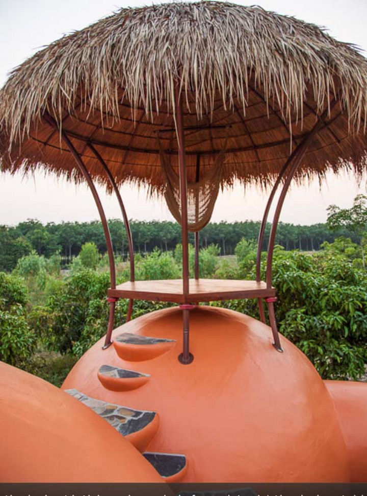 The Sala provides a great view of the entire area and provides shelter from the sun with its thatched roof.