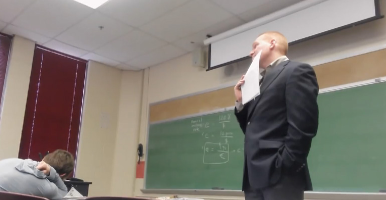 This Student Played an April Fool's Cellphone Prank on Her Teacher and It Was Hilarious