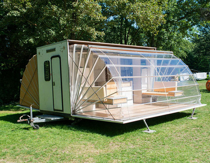 'The Marquis' urban camper was designed in 1985 by Eduard Bohtlingk and it has received several architectural awards over the years.