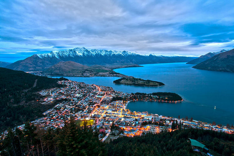 top 25 cities 22 Queenstown New Zealand 01