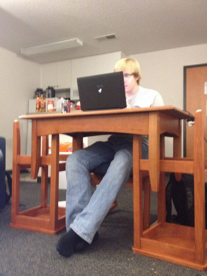 51 Crazy Life Hacks - An easy way to turn a foot bench into a desk.