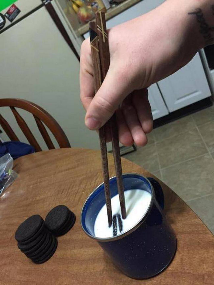 51 Crazy Life Hacks - Dunk an Oreo cookie in milk with chopsticks...must try.