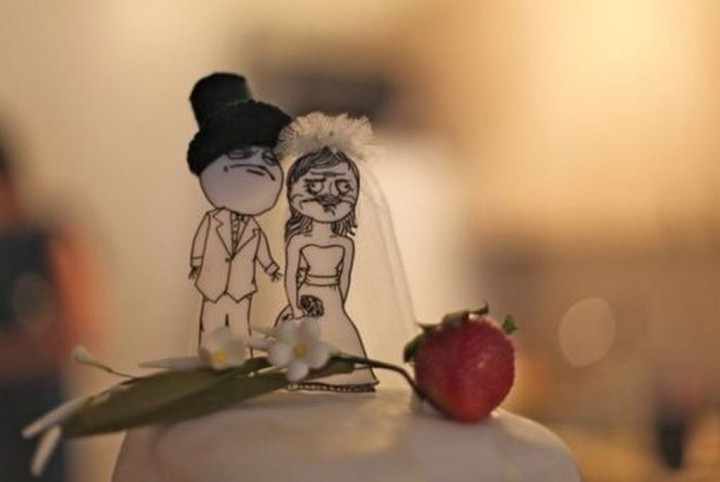 18 Funny Wedding Cake Toppers - Meme Wedding.