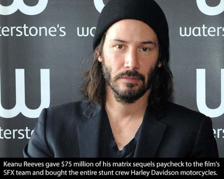 17 Celebrities Doing Random Acts of Kindness - Keanu Reeves.