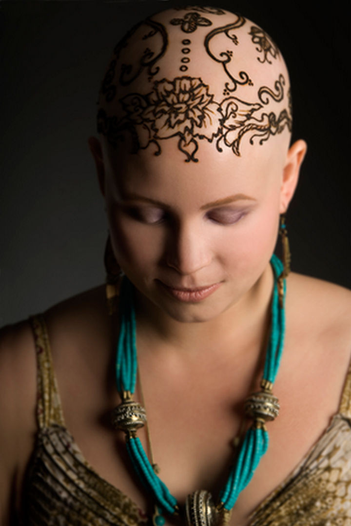 17 Disney Princess Hairstyles - Beautiful henna crowns for cancer patients.