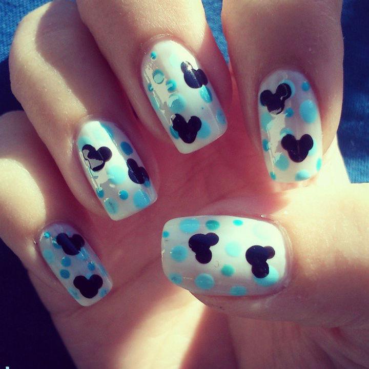 18 Disney Nails - Mouse Ear Disney Nails.