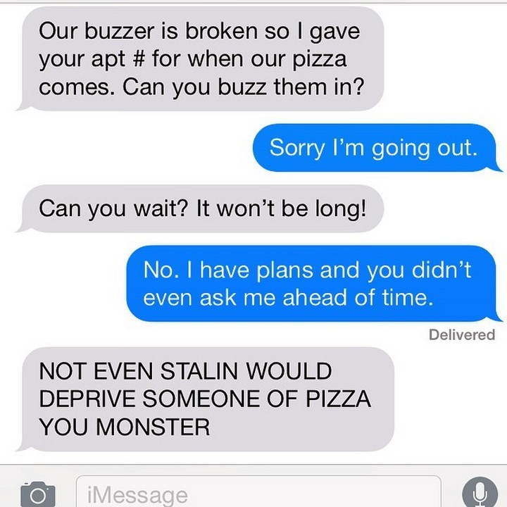 25 Hilarious Texts Between Neighbors - So much for neighbors helping neighbors.
