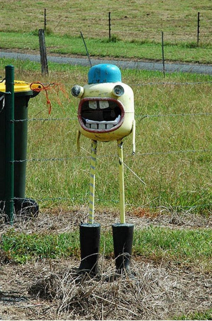 28 Unique Mailboxes That Are So Funny - It has a big mouth, perfect for LOTS of mail.