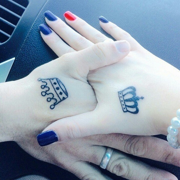 35 couple tattoos - King and Queen couple tattoos.