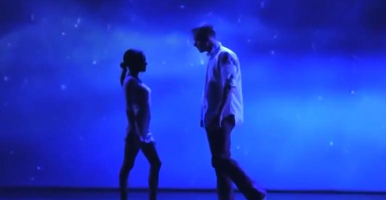 Duo MainTenanT Perform an Incredibly Mesmerizing Dance.