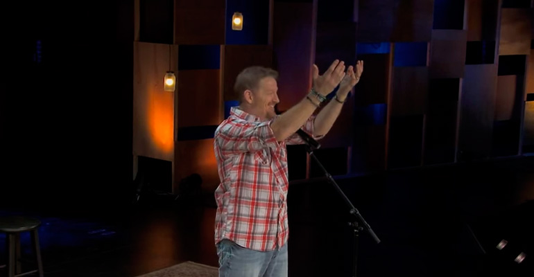 Comedian Tim Hawkins Explains Hand Raising and the Audience Can't Stop Laughing.