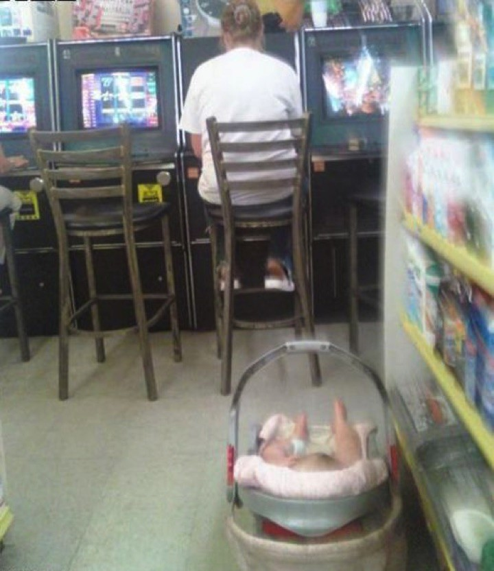 34 Parenting Fails - And the 'Worst Parent of the Year Award' goes to...