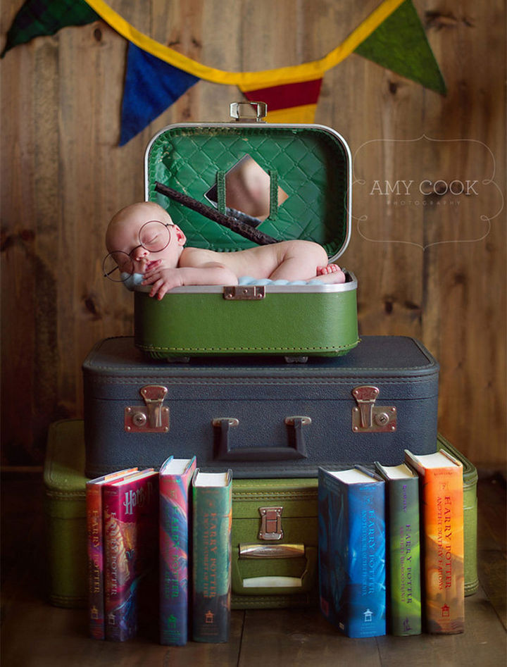 37 Newborns Wearing Geek Baby Clothes - Baby Harry Potter is magical.