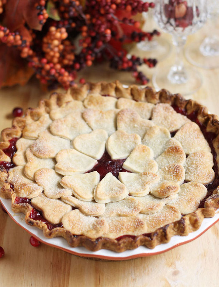 15 Pie Crust Designs to Make Your Pies Even More Beautiful 01