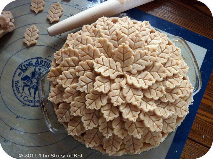 Leaf-shaped pie crust design.