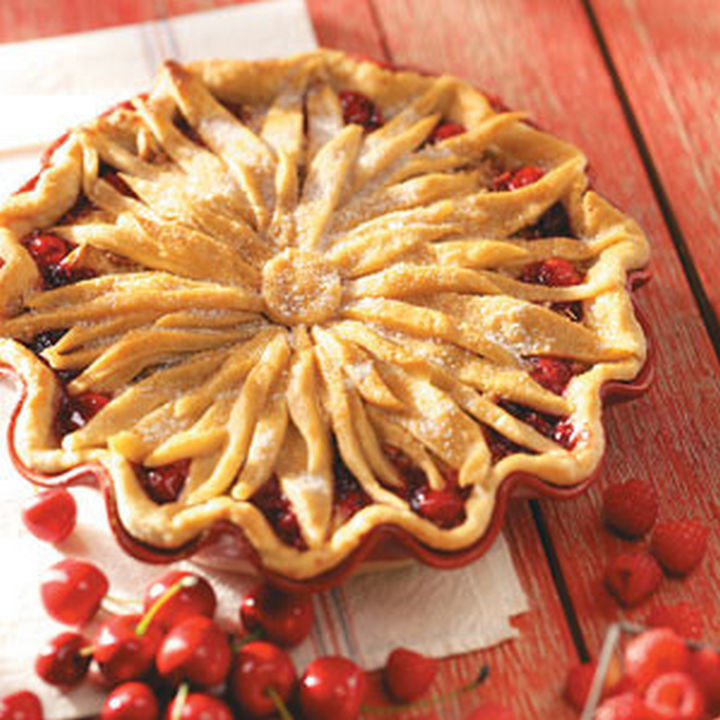 Flower pie crust design.