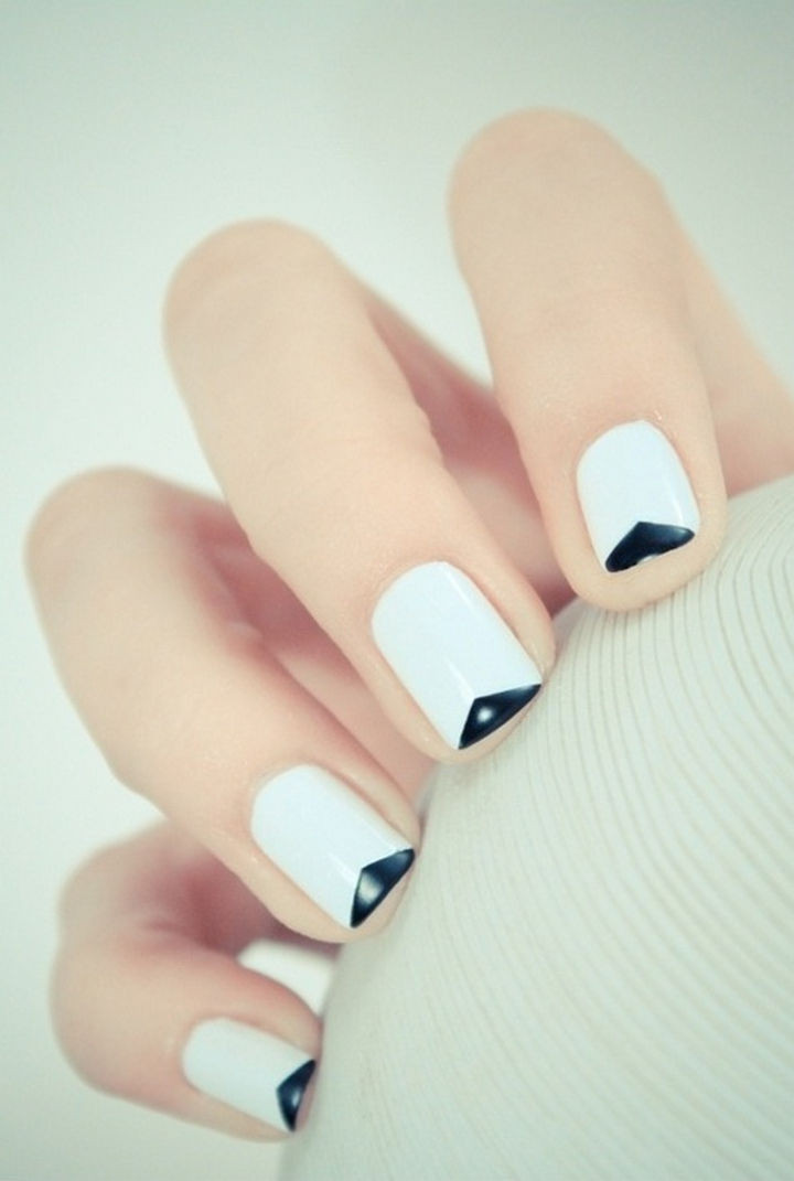 18 Gorgeous French Manicures With a Twist - Creative v-shaped French tip nails.