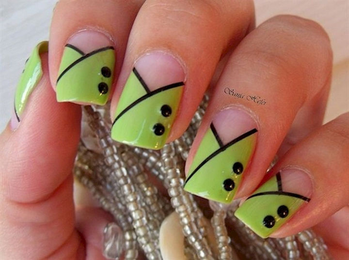 18 Gorgeous French Manicures With a Twist - Forget pretty in pink, look pretty in green!